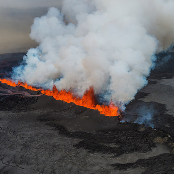 <p>Eruption in Holuhraun, Iceland 2014.</p>