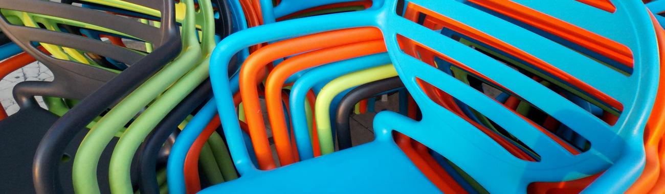 Plasticchairs.full